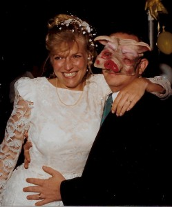 wedding-pig-mask